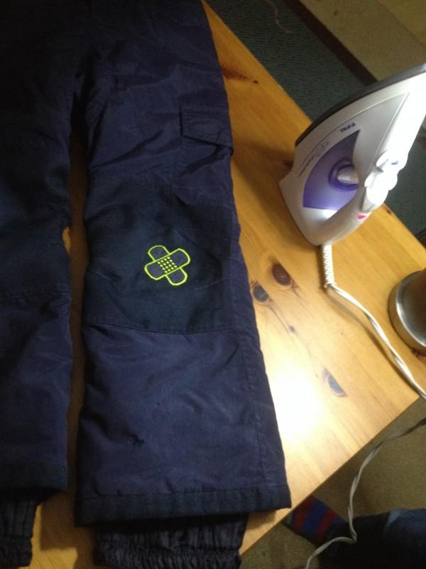 Réparation de pantalon